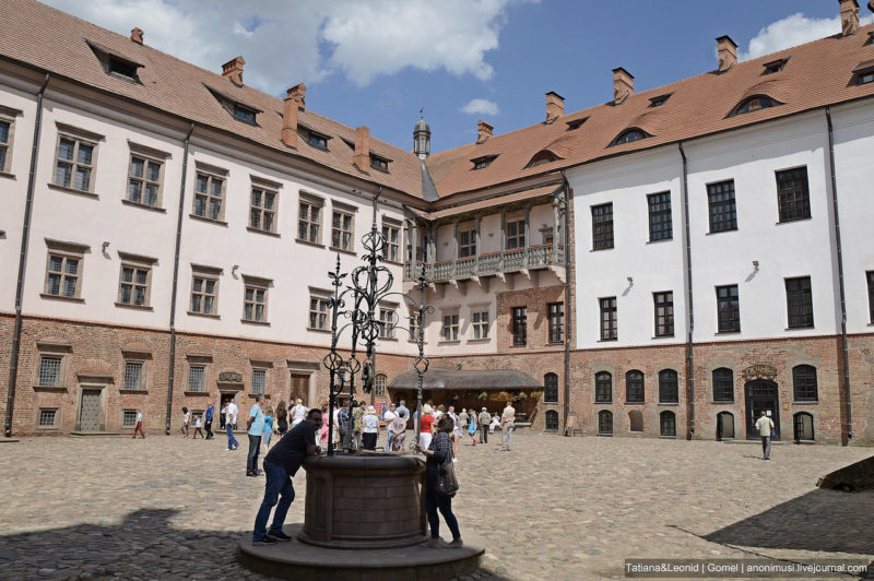 Территория замка Гродно