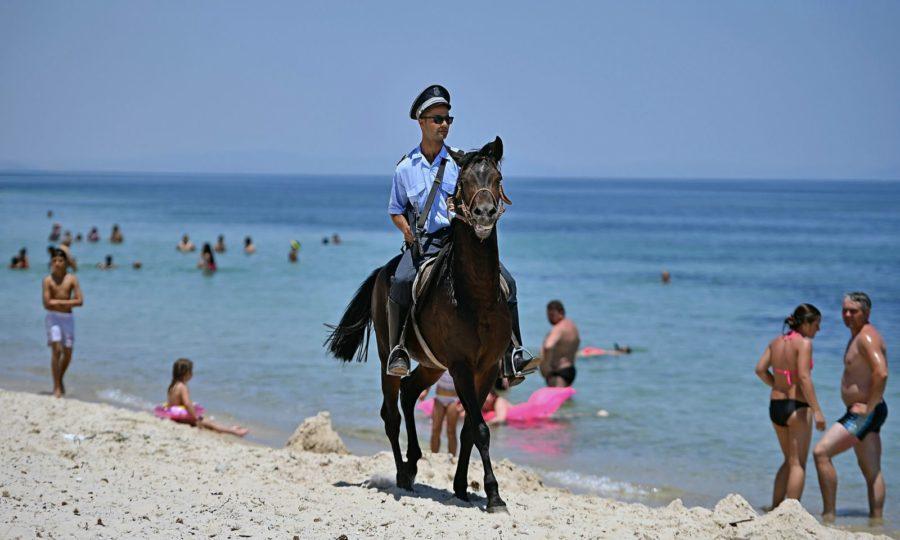 Фотографии пляжного отдыха в Тунисе.