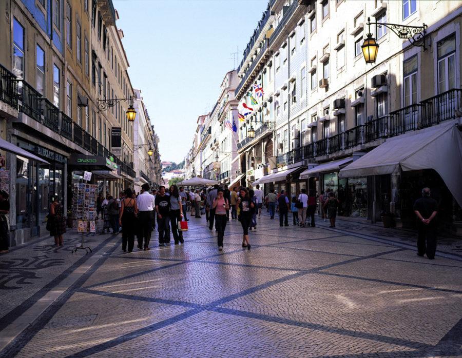 Лиссабон летом