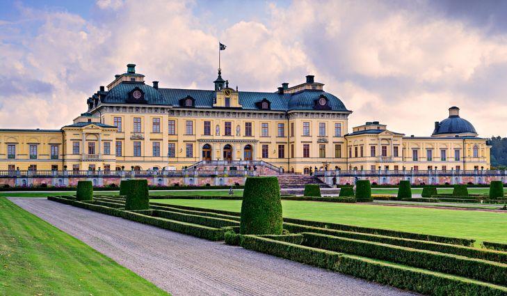 Прекрасный Дворец Дроттнингхольм, Стокгольм.