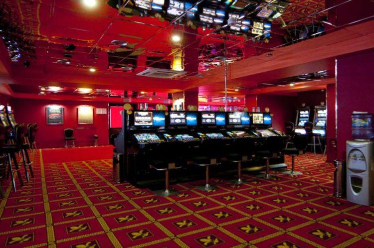 Адреса всех казино минска скачать не онлайн покер для игры с компьютером